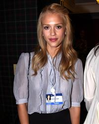 Jessica Alba taia peace foundation fundraiser