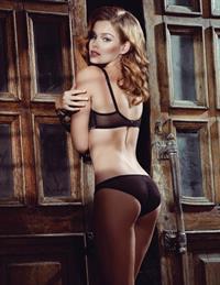 Lada Kravchenko in lingerie - ass