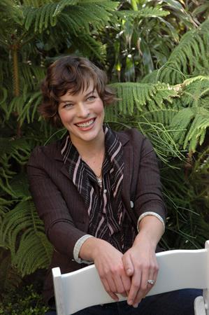 Milla Jovovich - Yoram Kahana Portraits 2006