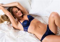 Hannah Jeter in lingerie