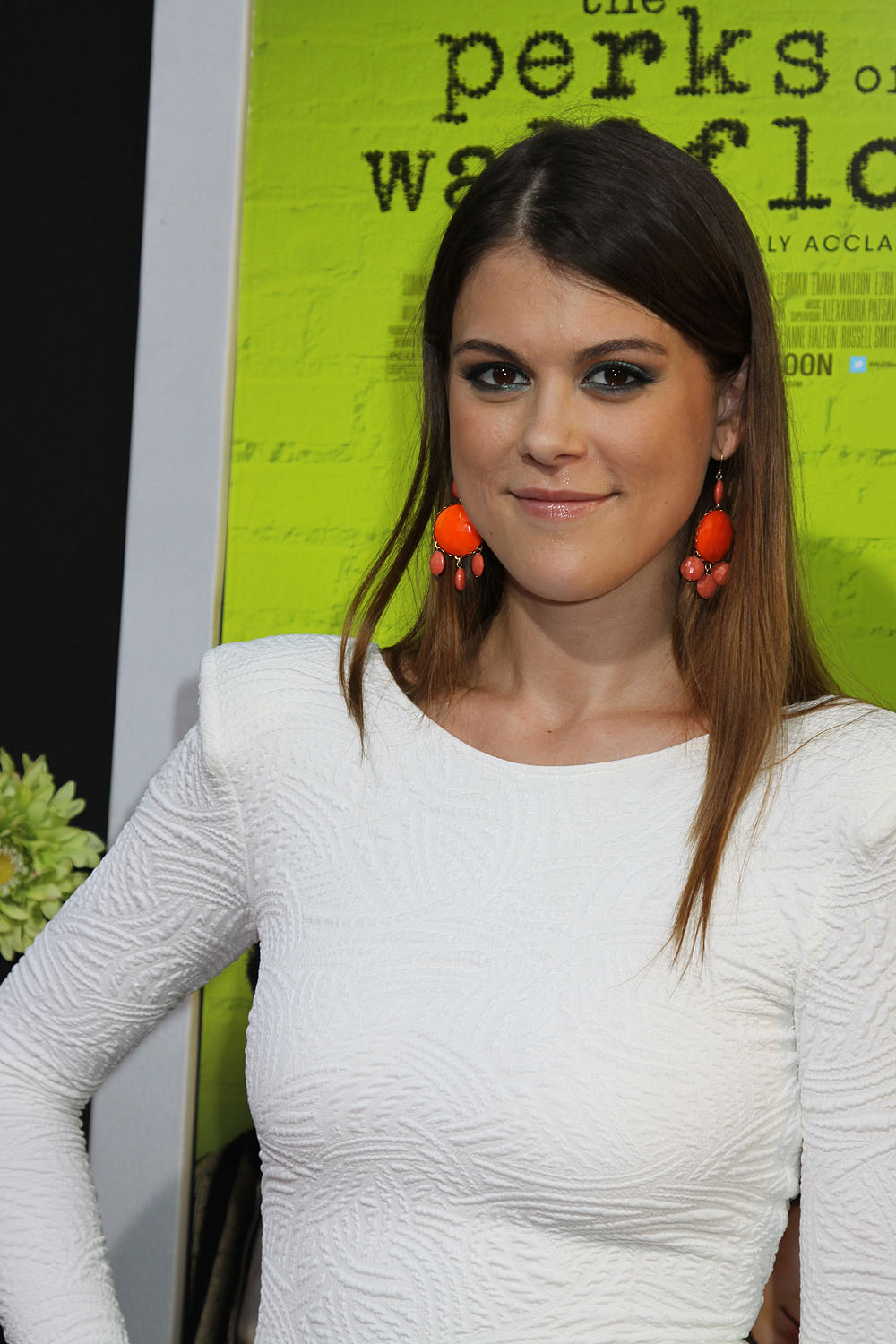 Lindsey Shaw And Ethan Peck Lindsey Shaw Pictures