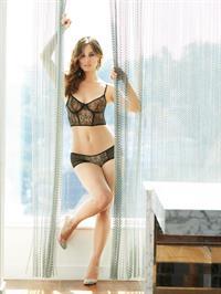 Bérénice Marlohe in lingerie