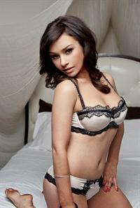 Danielle Harris in lingerie