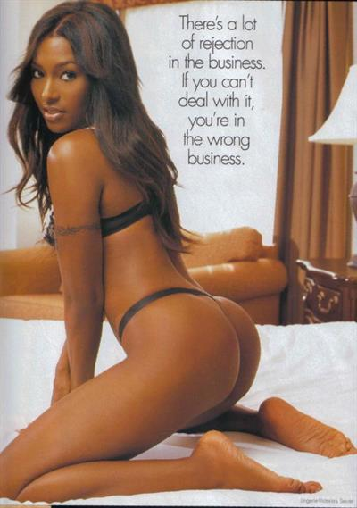 Nicole Narain in lingerie - ass